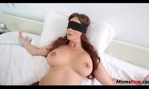 Perv lass copulates mom's brashness when shes blindfolded!