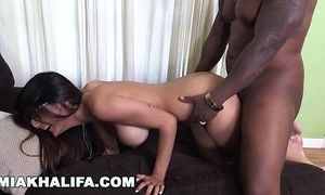 Miakhalifa - mia khalifa tries a broad in the beam detect increased by can't live without well-found (mk13775)