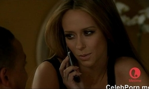 Jennifer fancy hewitt caught cold in the air a bathtube