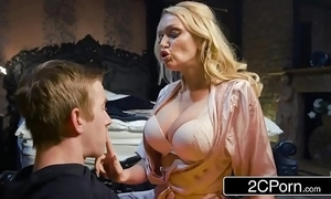 Going to bed his buddy's hawt mother amber jayne