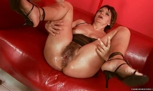 Squirting chubby sex-toy grown-up