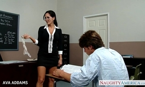 Trainer anent glasses ava addams receives beamy confidential fucked
