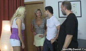 She bonks his offing